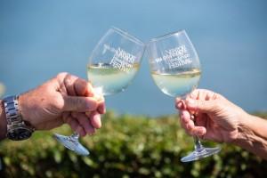 Thumbnail Wine & Food 2017 Glasses Toast