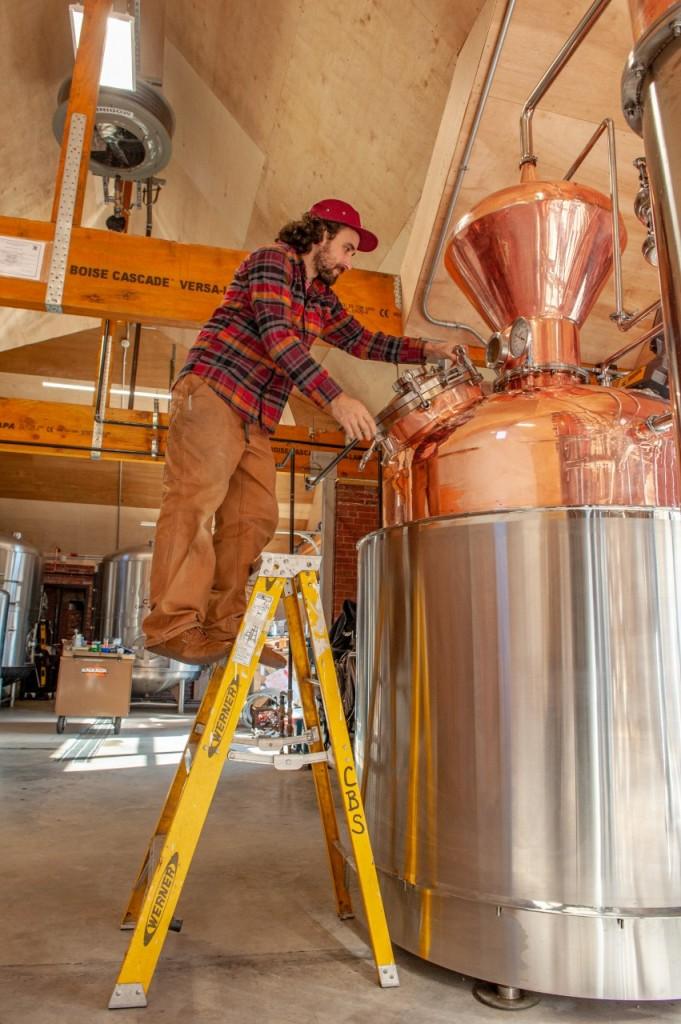Thumbnail Ryan Gwozdz Head Distiller