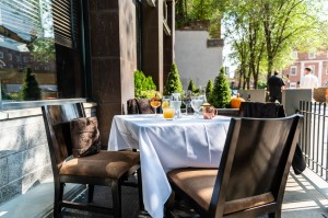 Thumbnail Outdoor Dining 4